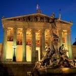 Австрија е првата земја членка на ЕУ, што ја ратификува Меѓународната конвенција за унифицирани патенет суд
