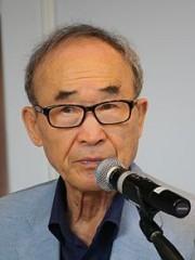 """Ко Ун е добитник на наградата """"Златен венец"""", на меѓународниот фестивал """"Струшки вечери на поезијата """"  за 2014 година"""